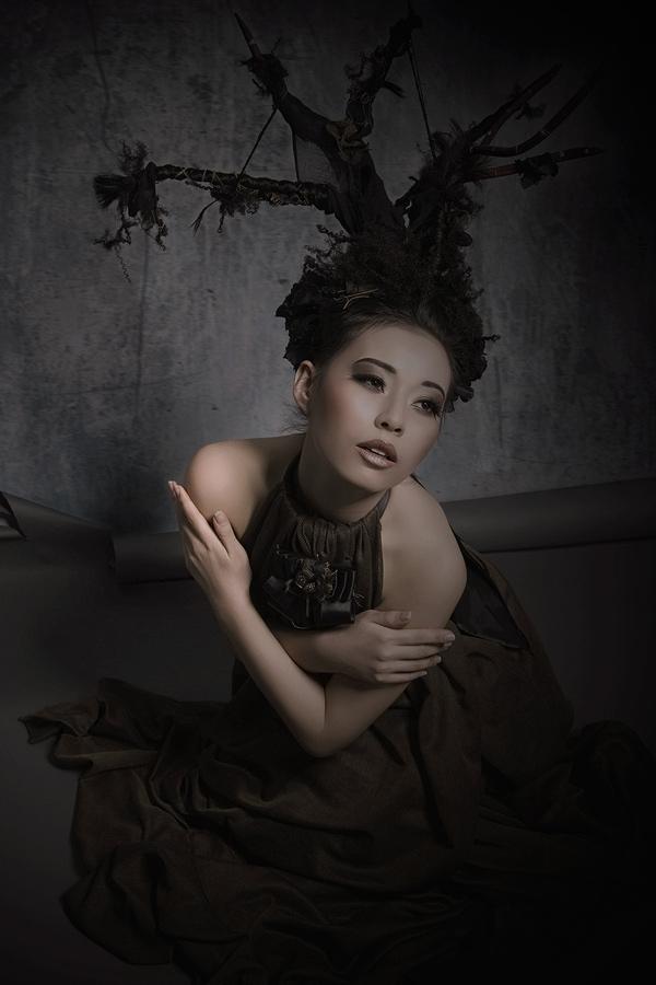 Artwork mit Model Sayuri ©Anna-Marina Roth
